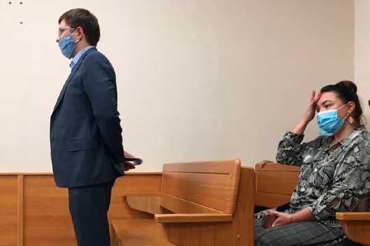 Судья устроила урок для молодого следователя Рената Низамова о том, как надо готовить ходатайство