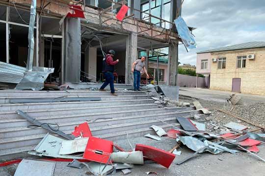За три дня войны в Нагорном Карабахе убиты и ранены около 3 тысяч военных Армении и Азербайджана, есть жертвы среди мирных жителей, боевые действия идут по всей линии фронта