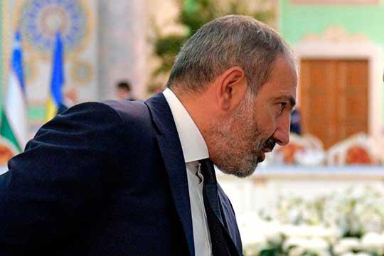 «Пашинян так и не понял, что одно дело быть лидером толпы на площадях Еревана, а совсем другое — заниматься политикой, решать реально судьбы миллионов людей и быть в одном шаге к войне или внутри войны»