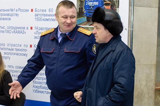 Уголовное дело в отношении экс-руководителя следственного отдела СКР по Набережным Челнам Камиля Халиева (слева) в ближайшие дни будет передано в прокуратуру