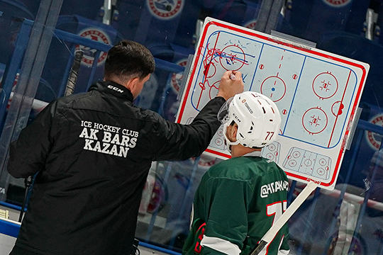 После длительного периода индивидуальной работы тренерский штаб Дмитрия Квартальнова стал давать Да Косте гораздо больше игрового времени