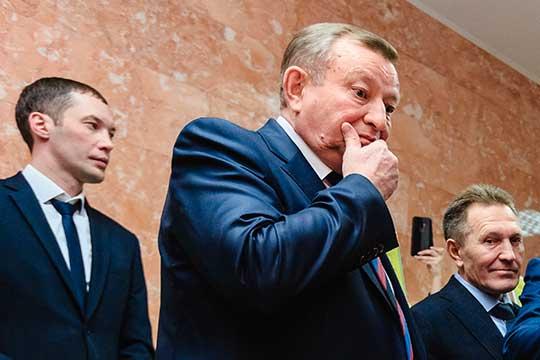 Рашат Шаймарданов (45)пока никак незарекомендовал себя. Нам несмогли толком назвать нисерьезных успехов, нипровалов—наверное, для оценок деятельности нового руководителя нужно больше времени