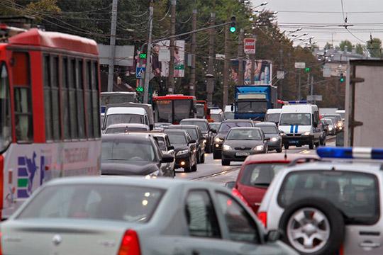 Главной проблемой района была и остается маятниковая миграция — ежедневно на работу в Казань едут 20 тыс. зеленодольцев. «Это и плюс, и минус»