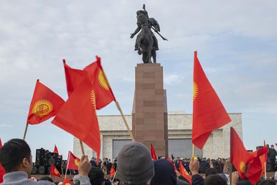 На этой неделе на пост-советском пространстве появилась еще одна горячая точка — начались волнения в Киргизии после выборов