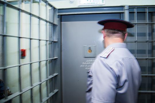 Судья, после объявления перерыва, ушел в совещательную комнату, а, вернувшись, объявил о решении — отправить Ситдикова в следственный изолятор №1 Казани до 8 декабря 2020 года