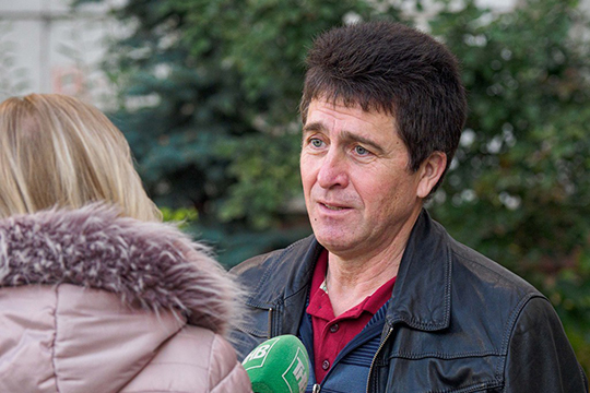 Абдрахманова на татарстанском TV часто путали с Ильфатом Файзрахмановым (на фото). «На телевидении не должно быть двух Ильфатов», — говорил наш герой и в шутку