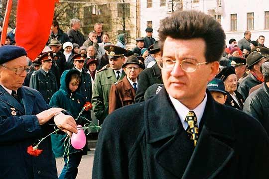 Ильфат Абдрахманов пришел на конкурс дикторов татарстанского TV в 1984 году. «А куда пройти на конкурс?» — спрашивает молодой человек, такой бархатный красивый голос. Было понятно, что он пройдет