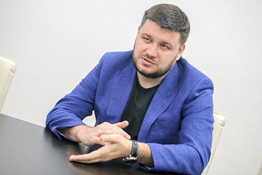 Михаил Кузнецов заметил, что у муниципалов нет полной власти над НТО — они, например, не могут влиять на объекты, расположенные на коммерческой территории ТСЖ или УК