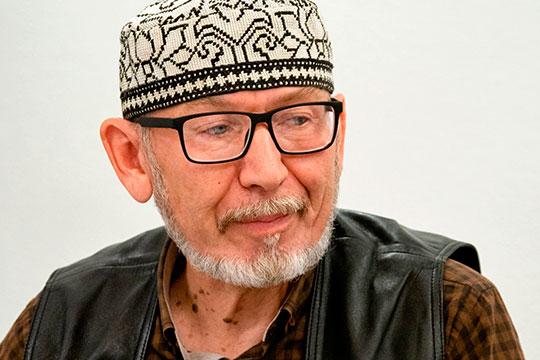Дамир Исхаков: «Если выйдут без разрешения, то наложат большие штрафы, а там же в основном старики выходят, у них и так пенсия маленькая»
