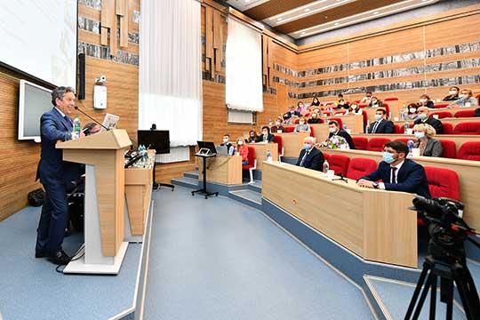 Наиль Маганов последовательно реализует задачу президента РТ — создать на базе АГНИ «лучшую в стране школу инженеров-нефтяников»