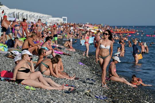 Краснодарский край посетили 9млн туристов, Крым— 5млн, Калининград— 1,8млн.