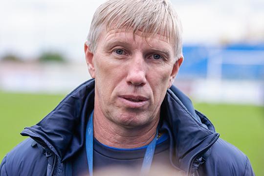 Накануне главный тренер футбольного клуба «КАМАЗ» Михаил Белов после домашнего поражения «Уралу-2» (2:3) из Екатеринбурга объявил, что уходит в отставку