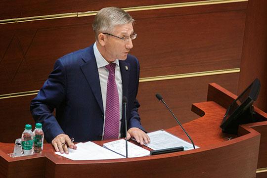 Напервое место главных лоббистов бюджета вновь выходит министр финансов Гайзатуллин