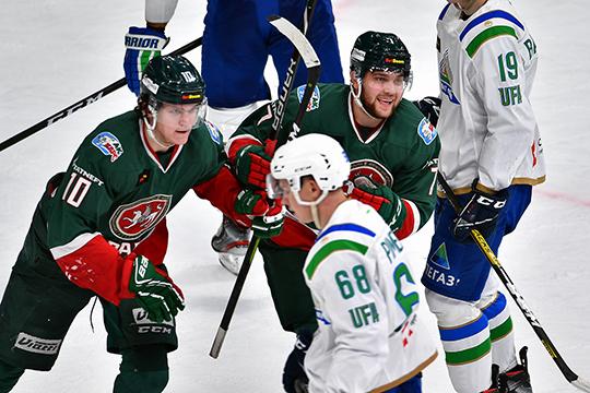 Старт сезона Хованов провалил. Он провёл в КХЛ семь матчей, в которых не отметился набранными очками, и в среднем проводил на льду не больше шести минут