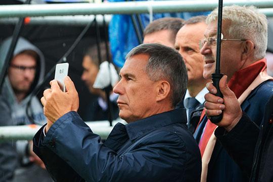 Главным инстаблогером республики был и остается Рустам Минниханов (522 тысячи подписчиков)