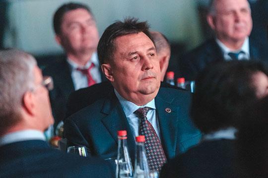 Недавно назначенный новый гендиректор «Туполева» Ронис Шарипов (на фото) протеже генерального директора концерна «Радиоэлектронные технологии» Николая Колесова