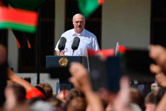 «Белорусский кризис вызван тем, что Лукашенко очень давно у власти, дольше всех на постсоветском пространстве»
