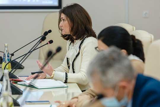 Диана Абдулганиева: «В любом случае, когда медики в течение нескольких месяцев лечат только одну болезнь, какой бы сложной и различной в своих проявлениях она ни была, понимание приходит»