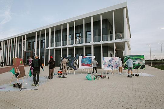 «В конце августа был запущен в работу новый досугово-образовательный центр Art Space площадью 2,2 тыс. кв. м, который сразу стал местом притяжения местных жителей»