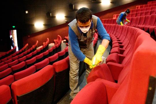Кинотеатры, разумеется, несут издержки, связанные с ограничениями и правилами, установленными Роспотребнадзором