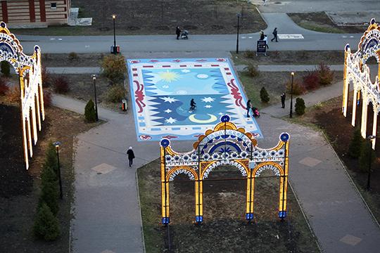 Первый мурал сезона «Альметьевские нарды» открыли лишь вначале октября