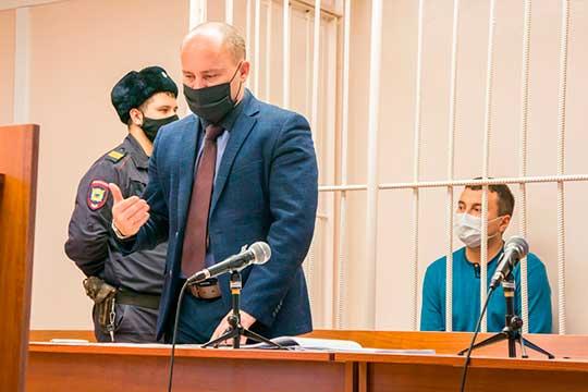 «Да, он [Ахметов] подписал распоряжение, ноэто неговорит отом, что ондальше скорыстным умыслом завладел имуществом»,— заявил Сергей Спирин