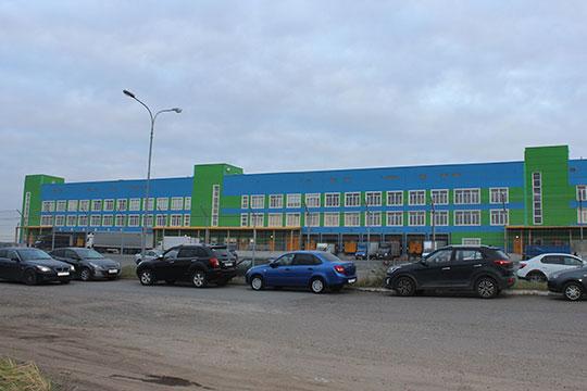 Компания ООО «Премьер», входящая в тройку крупнейших оптовиков алкоголя на рынке республики, обзавелась собственным огромным складским комплексом в Константиновке