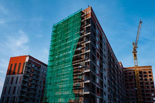 «Возросли издержки строителей на стройматериалы, есть проблемы с рабочей силой и сложности с трудовой миграцией. На себестоимость строительства влияют и курсы валют»
