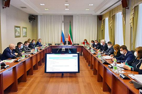 Министр финансов Радик Гайзатуллин рассказал, что в 2021 году налог на прибыль в бюджет республики поступит в размере 77 млрд рублей
