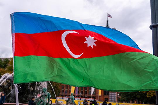 Азербайджанская сторона решила разобраться свопросом при помощи масштабных денежных вливаний вроссийские медиа через рекламные контракты