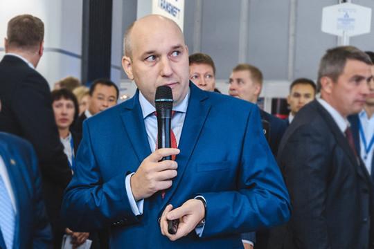 Бывший генеральный директор АО«ТАИФ-НК»Рушан Шамгуновпосле ухода споста все-таки остался вобойме группы компаний Шигабутдиновых иКо