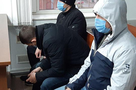 Евгений Сергеев, еще недавно носивший офицерские погоны, написал явку сповинной исознавался вшести полученных взятках