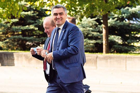 Остался на предпоследнем месте глава Камского Устья Наиль Вазыхов, которого ряд экспертов предлагали поставить несколько выше
