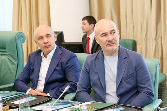«Малую нефтяную компанию Татарстана» («МНКТ») контролируют сыновья первого президента РТ Минтимера Шаймиева Айрат и Радик, а также внук Тимур Айратович
