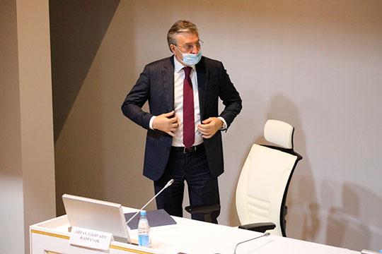 Обновление коснется и группы депутатов от Татарстана. Так, по словам нашего собеседника, в следующий созыв не пойдет Айрат Фаррахов