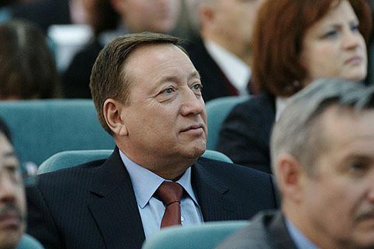 Источников утверждает, что прежние владельцы ТНХМ были в очень хороших отношениях с Владимиром Бусыгиным (на фото) в бытность его гендиректором «Нижнекамскнефтехима». Многое зависело от контактов Зотова с ним