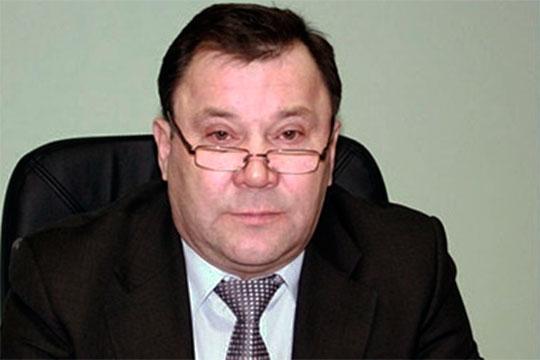 Сергей Зотов — заслуженный строитель РТ, родился в Альметьевске, но вся его карьера связана с Нижнекамском. Он выходец из «Татдвигательмонтажа» — структуры, которая участвовала в строительстве химкомбината НКНХ
