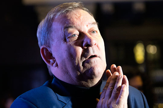 Владимир Урин: «Утро у меня началось со сводки о том, что в театре болеют на сегодняшний день 124 человека, то есть это три с лишним процента от работающих в Большом театре»