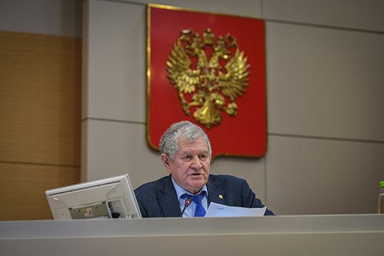 Из татарстанских предприятий, которые значительно улучшили финансовый результат, Яруллин отметил только «Нэфис Косметикс», который за январь–сентябрь увеличил производство на 7%