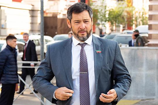 Мягкий вход вупрощенную систему налогообложения предлагает внедрить для предпринимателей, сидящих на«вмнененке», депутат ГоссоветаОлег Коробченко