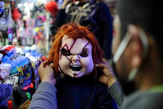 Казань готовится к ковидному Хэллоуину