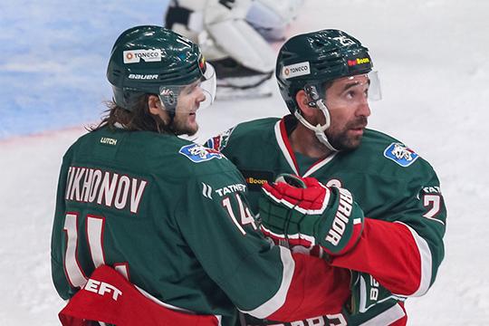 Если другие хоккеисты уже вернулись к тренировкам, то Данису Зарипову пришлось продлить отпуск на целую неделю