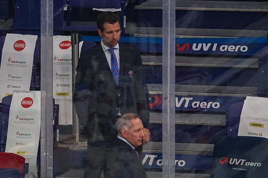 Грошеву звонил лично вице-президент СКА Роман Ротенберг и объяснял, что в случае отказа у хоккеиста возникнут сложности с попаданием в состав молодежной сборной России на чемпионат мира