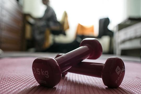 Врачи мне сказали, что спортивный образ жизни и постоянные занятие физкультурой помогли легче перенести болезни