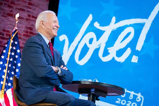 «Яочень надеюсь, что случится самый оптимальный сценарий, что Байден довольно быстро откроет дорогу трезвомыслящим реалистам Демократической партии»