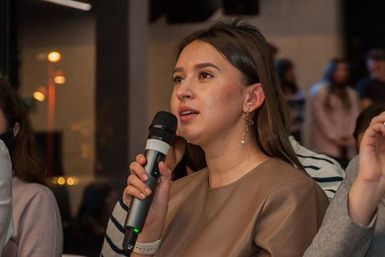 Гузель Ахметгараева: «Это большое событие для всего татарского мира. В этом году форум отличается своим масштабом, насыщенностью, интенсивной программой. Главной темой форума стал бизнес»