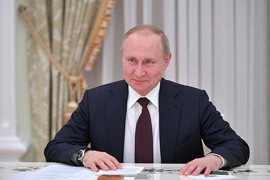 «Для Путина как политического игрока сейчас масса возможностей и все положительные. Он не начинает внутреннюю интригу, потому что надо завершить внешнюю»