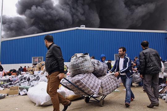 Жуткийпожар13мая 2013 года уничтожил весь первый павильон «Новой Туры». Вице-премьерАсгат Сафаровтогдазаявил, что «грубейшие нарушения противопожарной безопасности непозволили сохранить «Новую Туру»