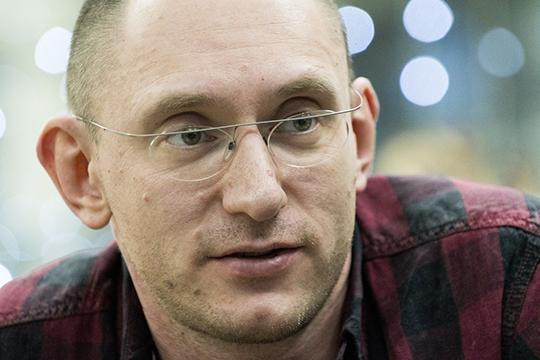 Борис Павлович: «Ясно, что очень много татар участвует в русскоязычных проектах, но они тогда переходят на русский язык. И возникла идея: вот было бы круто сделать какую-то историю, где эти языки были бы на равных правах»