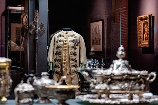 По словам Бахаревой, выставка, посвященная Екатерине II, традиционно считается самой популярной в музеях России и Европы